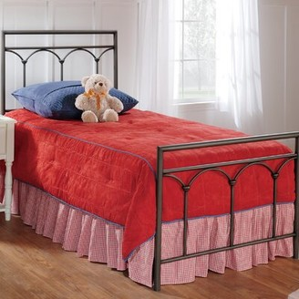 Hillsdale Standard Bed Furniture Size: Twin