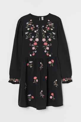 H&M Embroidery-detail Dress
