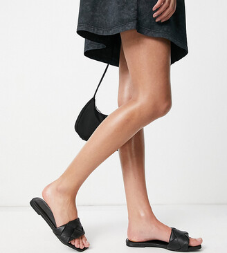 ASOS DESIGN Wide Fit Forty woven flat sandals in black