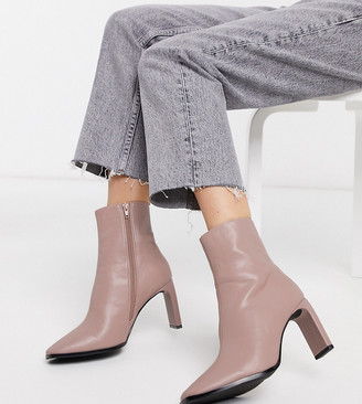 Z Code Z Z_Code_Z Exclusive Lulu vegan heeled ankle boots in pale pink