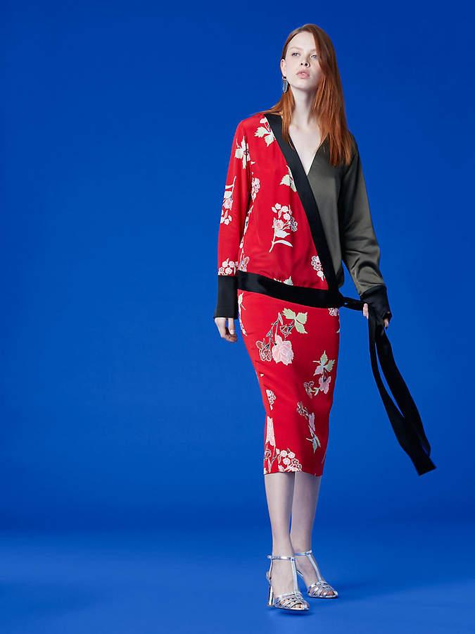 Diane von Furstenberg Long-Sleeve Cross Over Top