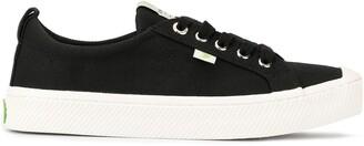 Cariuma OCA Low Black Canvas Sneaker