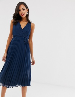 Asos Design DESIGN wrap bodice midi dress with tie waist and pleat skirt-Navy