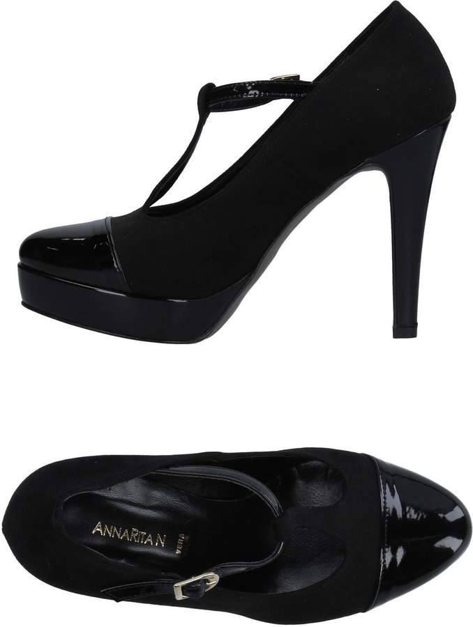 Annarita N. Pumps - Item 11283057