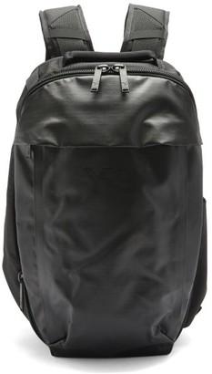 Y-3 Logo-print Panelled Technical Backpack - Black