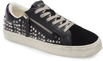 Steve Madden Parka-M Studded Low Top Sneaker