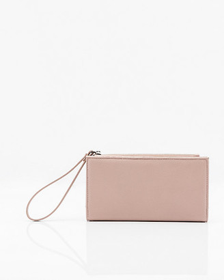 Le Château Pebbled Faux Leather Wristlet Wallet