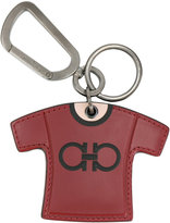 Salvatore Ferragamo T-shirt key ring - men - Calf Leather/metal - One Size