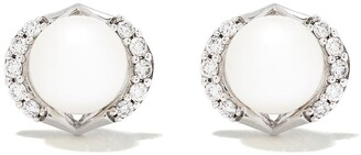 Yoko London 18kt white gold diamond pearl Trend stud earrings