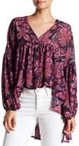 Romeo & Juliet Couture Long Sleeve Geo Print Boho Blouse