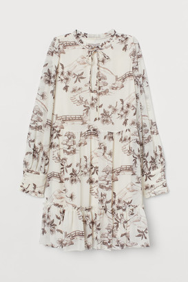 H&M Wide-cut Chiffon Dress - White