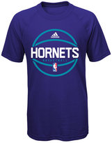 adidas Boys' Charlotte Hornets Practice Wear Ultimate T-Shirt