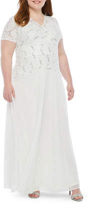 ONYX Onyx Short Sleeve Lace Top Evening Gown-Plus