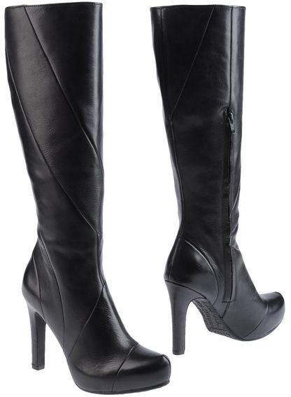 Luca Stefani High-heeled boots