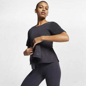 Nike Women's Short-Sleeve Yoga Training Top Studio
