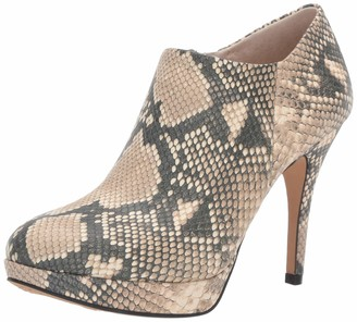 Vince Camuto Women's Elvin Fashion Boot