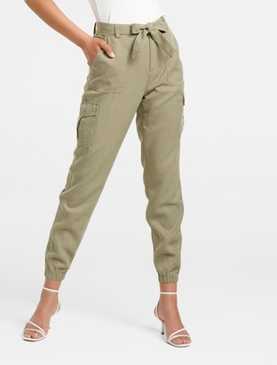 Forever New Annie Cargo Pants - Sweet Clover - 16