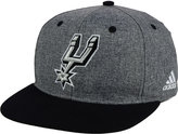 adidas San Antonio Spurs Fog Snapback Cap