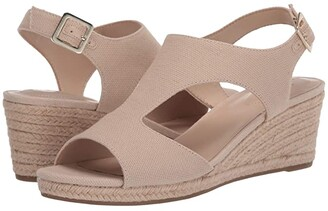 Bandolino Natasha 7 (Natural Fabric) Women's Shoes