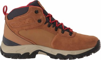 Columbia Men's Newton Ridge Plus II Suede Waterproof Boot Breathable with High-Traction Grip