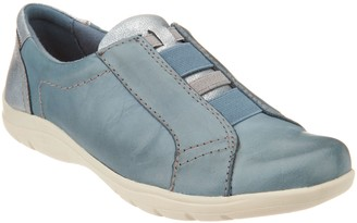 Earth Leather Slip-On Shoes- Rapid Toma