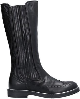 Momino Boots