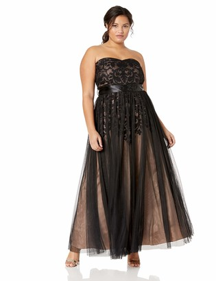 City Chic Women's Apparel Women's Plus Size Formal Maxi Dress with Sweetheart Neckline in Tulle