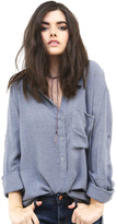 Bella Dahl Pullover Shirt Tail in Faded Navy