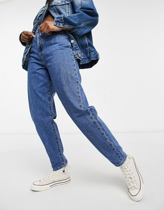 Levi's high loose tapered leg jeans in mid wash