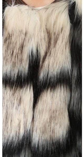 Twelfth St. By Cynthia Vincent Faux Fur Vest