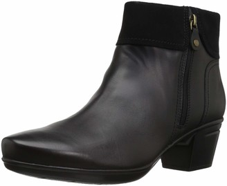 Clarks Women's Emslie Twist Fashion Boot