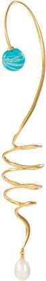 EJING ZHANG 'Santolina' freshwater pearl resin swirl drop single ear cuff