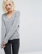 Lee Slouchy V Neck Knit
