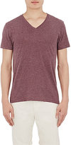 Barneys New York MEN'S MÉLANGE JERSEY V-NECK T-SHIRT-RED SIZE S