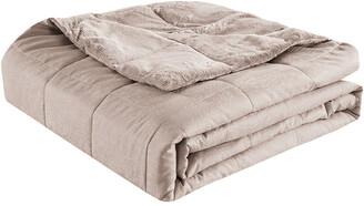Wesley Mancini Collection Wesley Mancini Collection Cozy Jacquard Blanket
