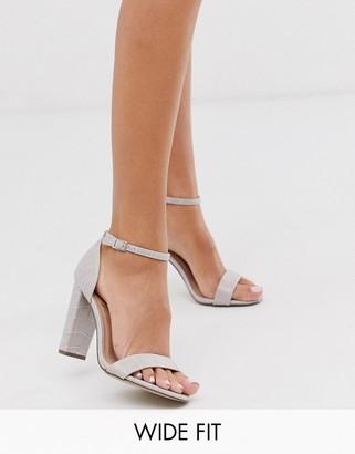 New Look croc block sandal in gray