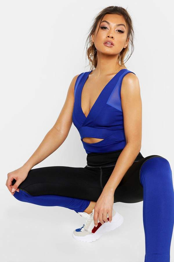 boohoo Fit Wrap Sports Bra