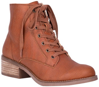 Dingo Prairie Girl Leather Lace-Up Boot