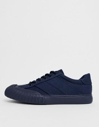 Asos Design DESIGN Danni mudguard sneakers in navy