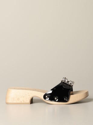 Roger Vivier Viv Clogs Clog Sandal In Patent Leather With Rhinestone Buckle