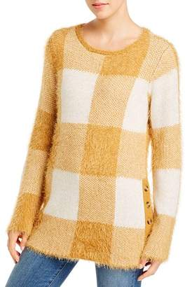 Single Thread Fuzzy Plaid Sweater
