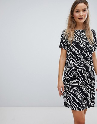 InWear Piritta Wavey Stripe Shift Dress