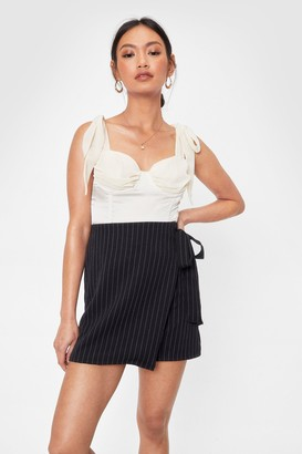 Nasty Gal Womens In Less Than No Line Pinstripe High-Waisted Skirt - Black - 4
