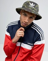 Adidas Originals Bucket Hat In Camo Bk7618