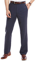 Roundtree & Yorke Travel Smart Ultimate Comfort Classic Fit Flat Front Non-Iron Dress Pants