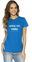 Peace Love World Amo Mi Vida Mini Mimi Crew Neck Tee