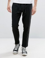 Sisley Cropped Trouser In Tapered Fit With Pleats