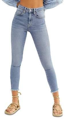 Free People High-Rise Raw-Edge Skinny Jeans in Indigo Blue