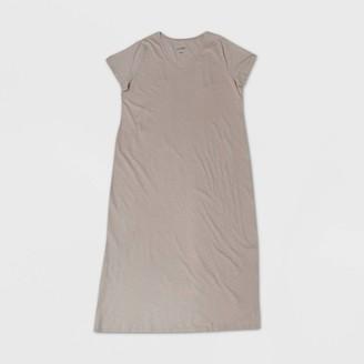 Universal Thread Women's Plus Size Short Sleeve Dress - Universal ThreadTM
