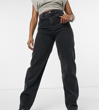 Reclaimed Vintage inspired The '82 dad jean in washed black